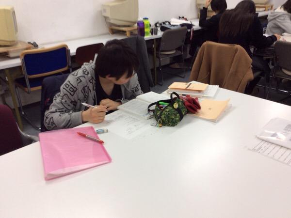 佐井寺中学 1・2年生の学年末テスト最終日。